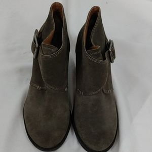 Lucky Brand Heeled Gray Flap Over Booties